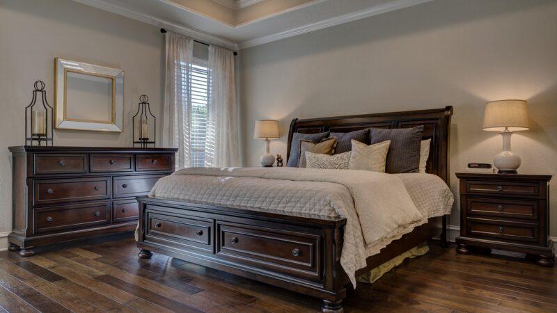 Dlaczego łóżko ma wpływ na komfort w sypialni?