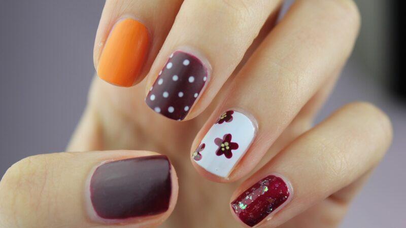 Jak domowymi sposobami poradzić sobie z łamliwymi paznokciami?